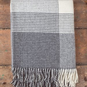 Foxford Wool/Cashmere Throw - Grey/White Large Check