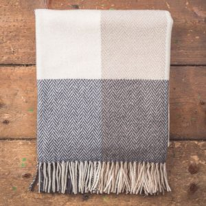 Foxford Wool/Cashmere Throw - Herringbone Squares